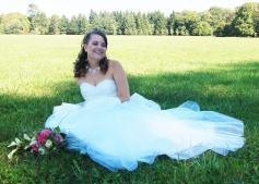 Robe de mariée dentelle argentées